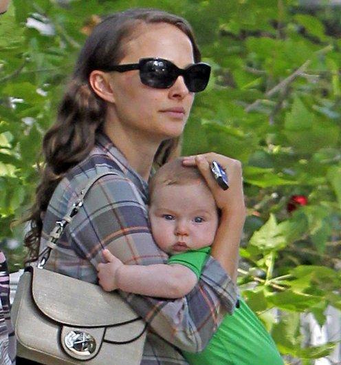 Сын Натали Портман фото, | Мать одиночка? - нет ...: http://www.ooo-rich.ru/syn-natali-portman-pervye-foto/